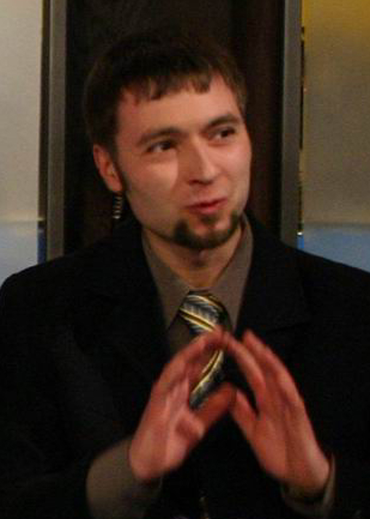 Момчил Цонев